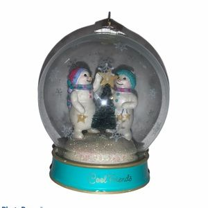 Cool Friends Snowmen Hallmark ornament